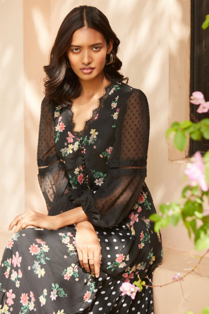 GYPSY BLACK CHIFFON MIX AND MATCH PRINT MAXI LACE DRESS WITH FULL LENGTH SLEEVES