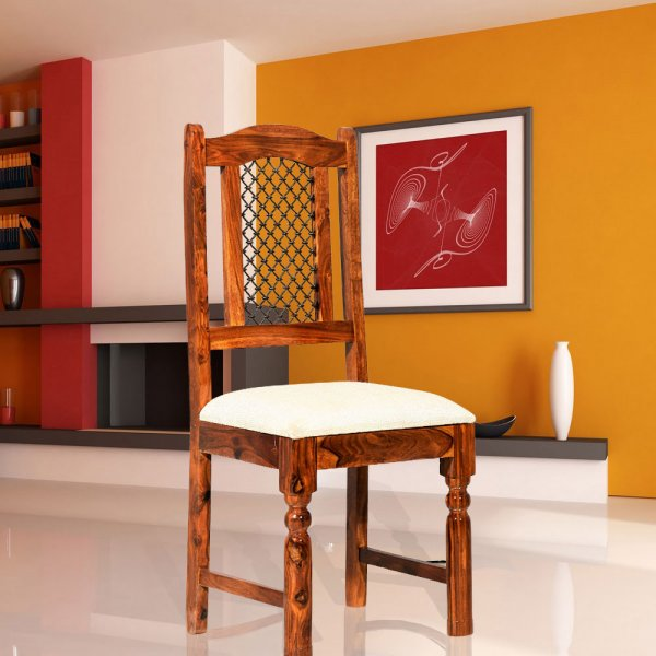 Traditional Chair In  Solid Wood
