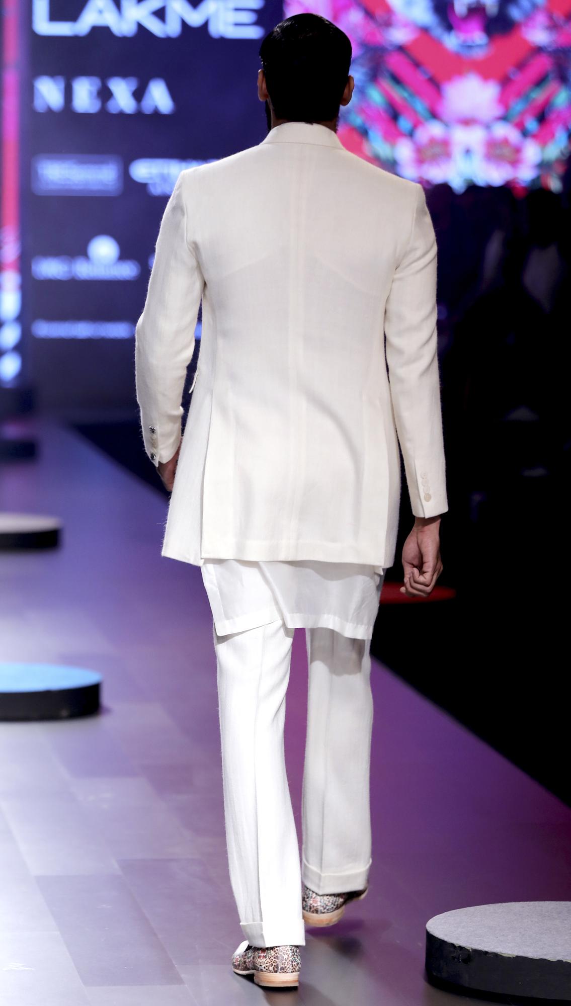 AW17 BhuSvah Look 1