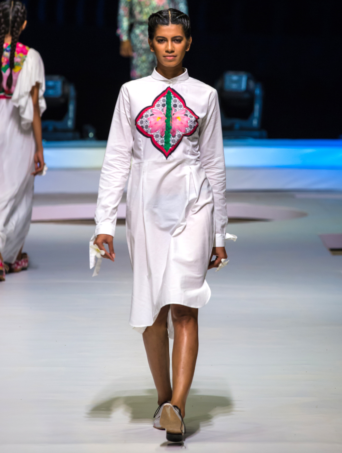 Rehah White ShirtDress with Knotted Cuff