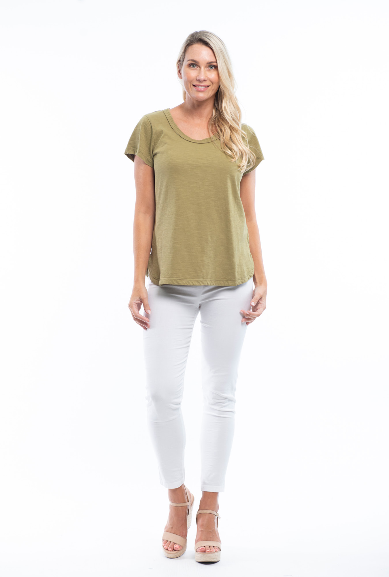 Holly Tee in Olive