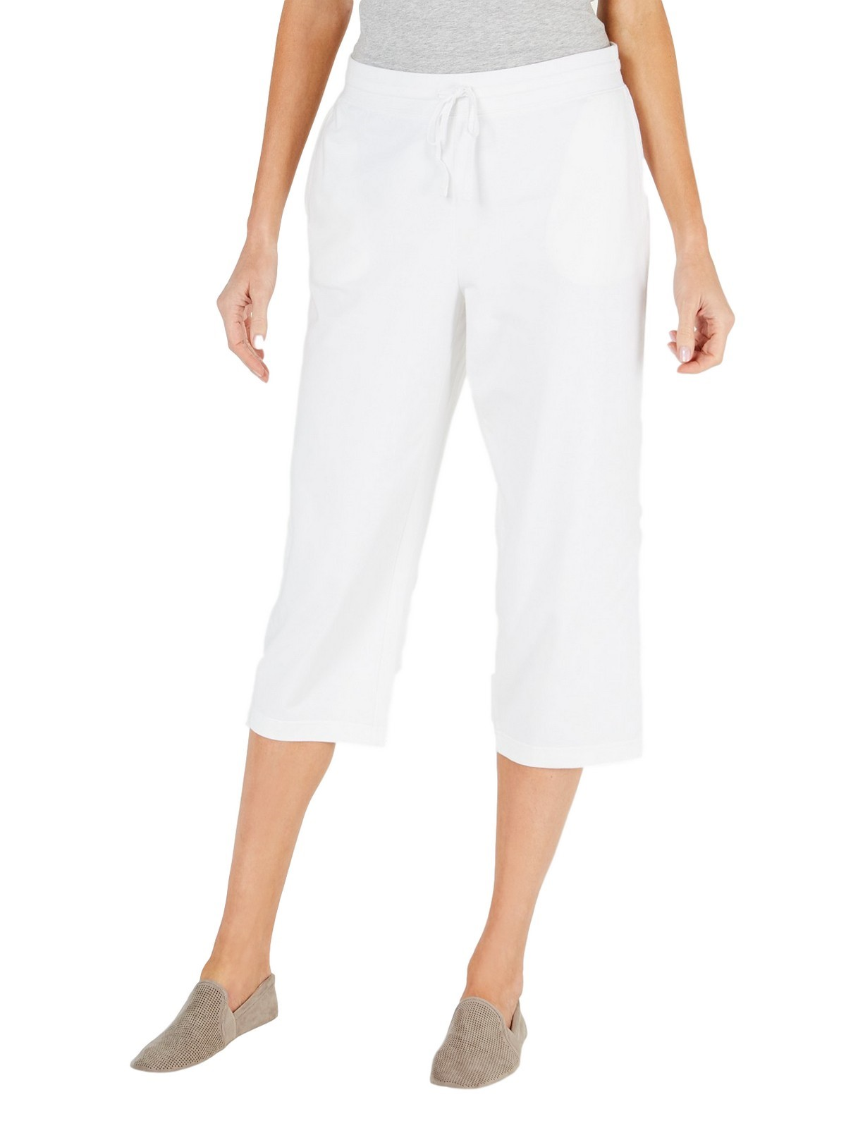 Casual Pleated Bermuda Shorts in White