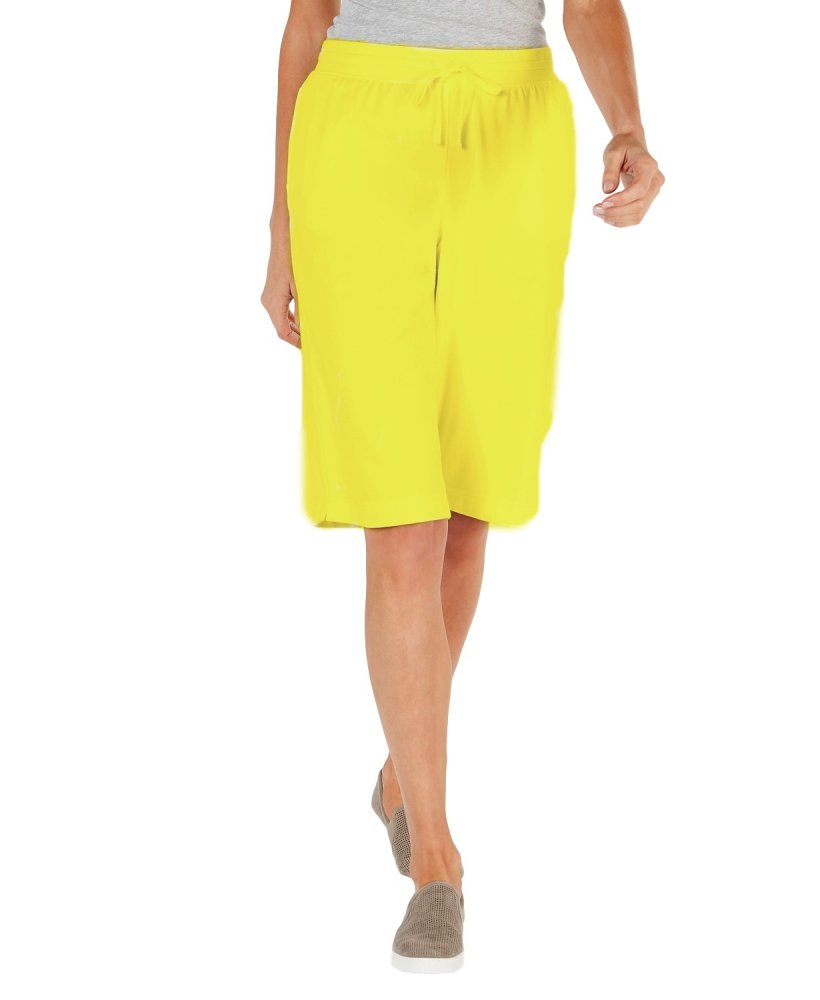 Casual Pleated Bermuda Shorts in Yellow