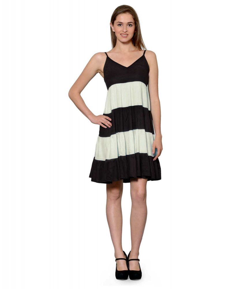 Cocktail Knee Length Dress with Shrug in Black:Off-White