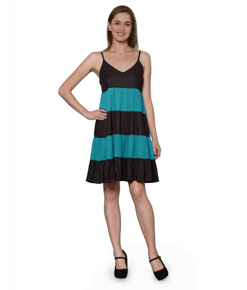Cocktail Knee Length Dress with Shrug in Black:Rama Green