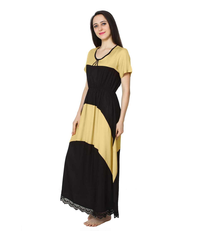 Embellished Hem Color Block Maxi Dress in Gold: Black