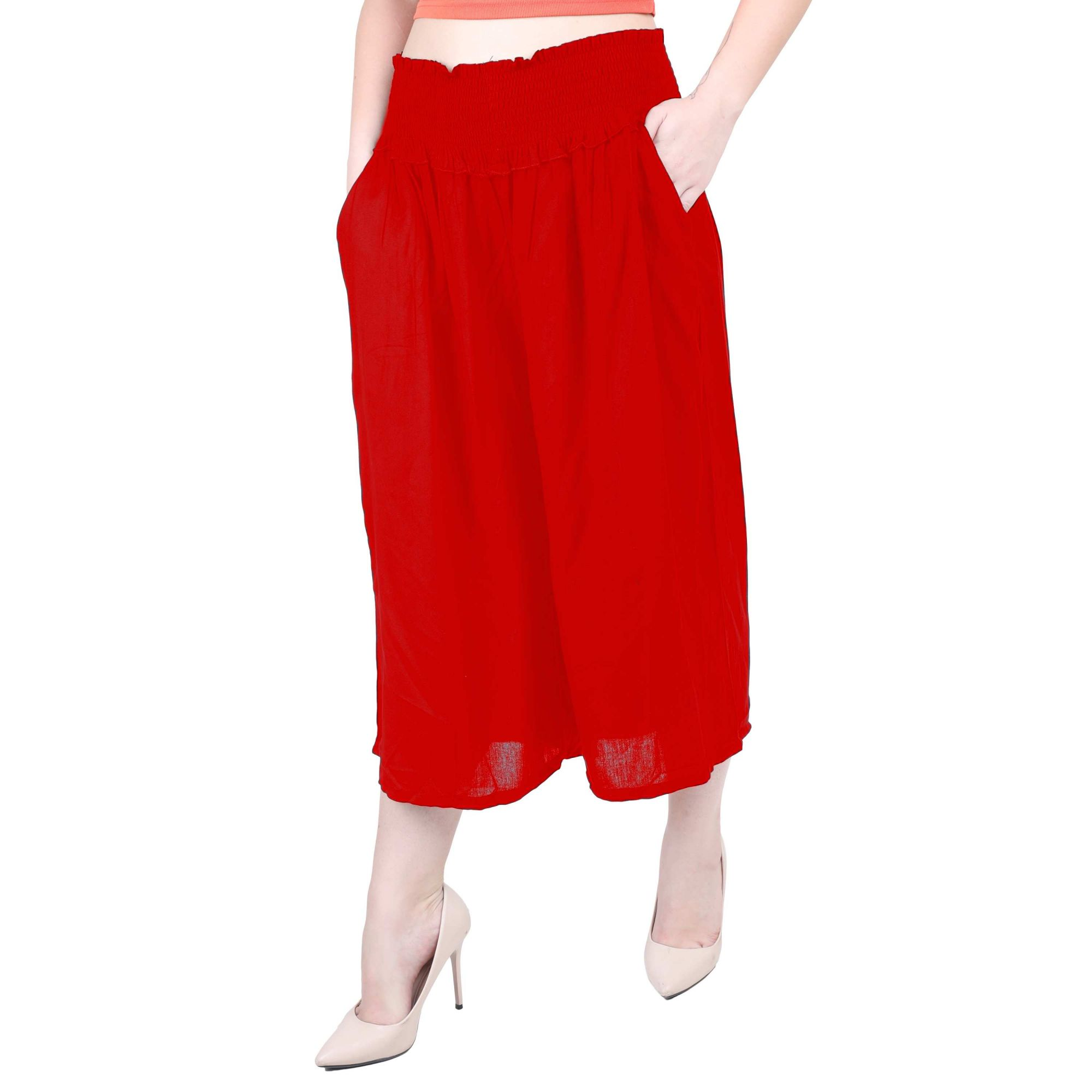 Embroidered Waist Capri Pant in Red