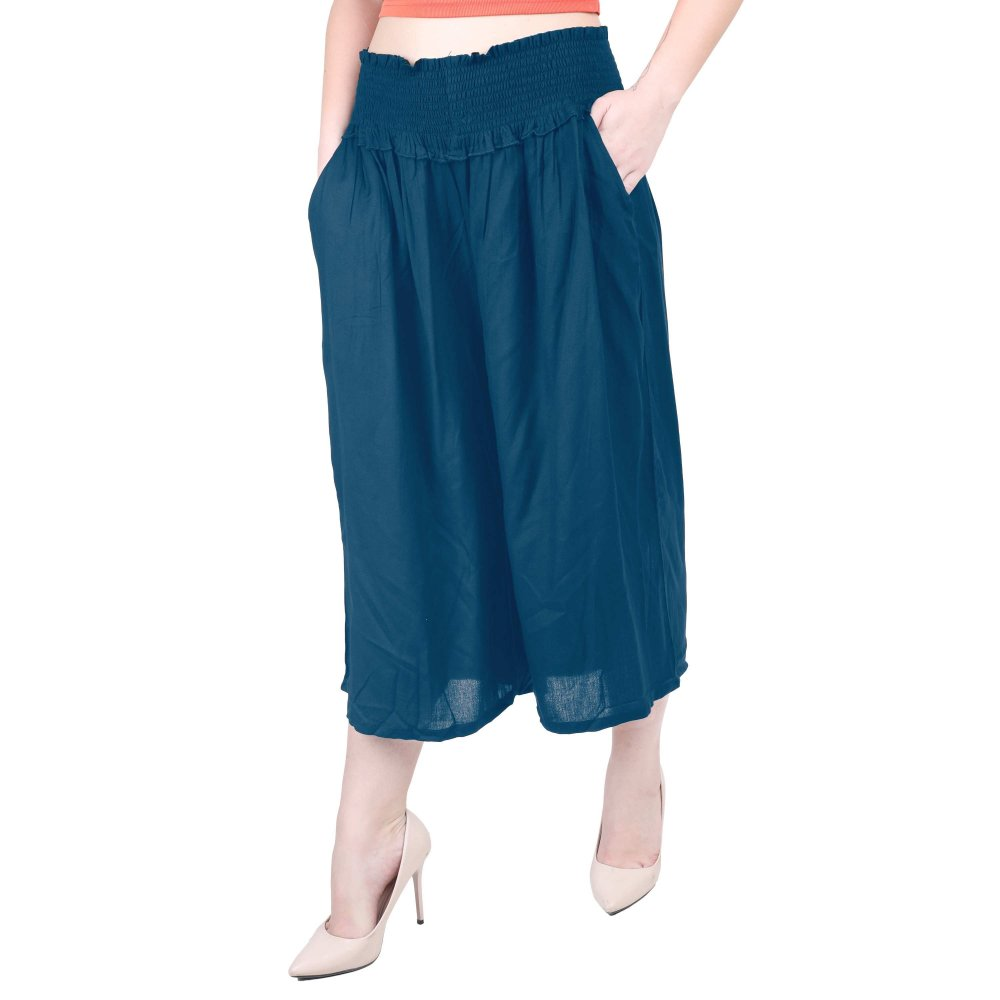 Embroidered Waist Capri Pant in Sky Blue