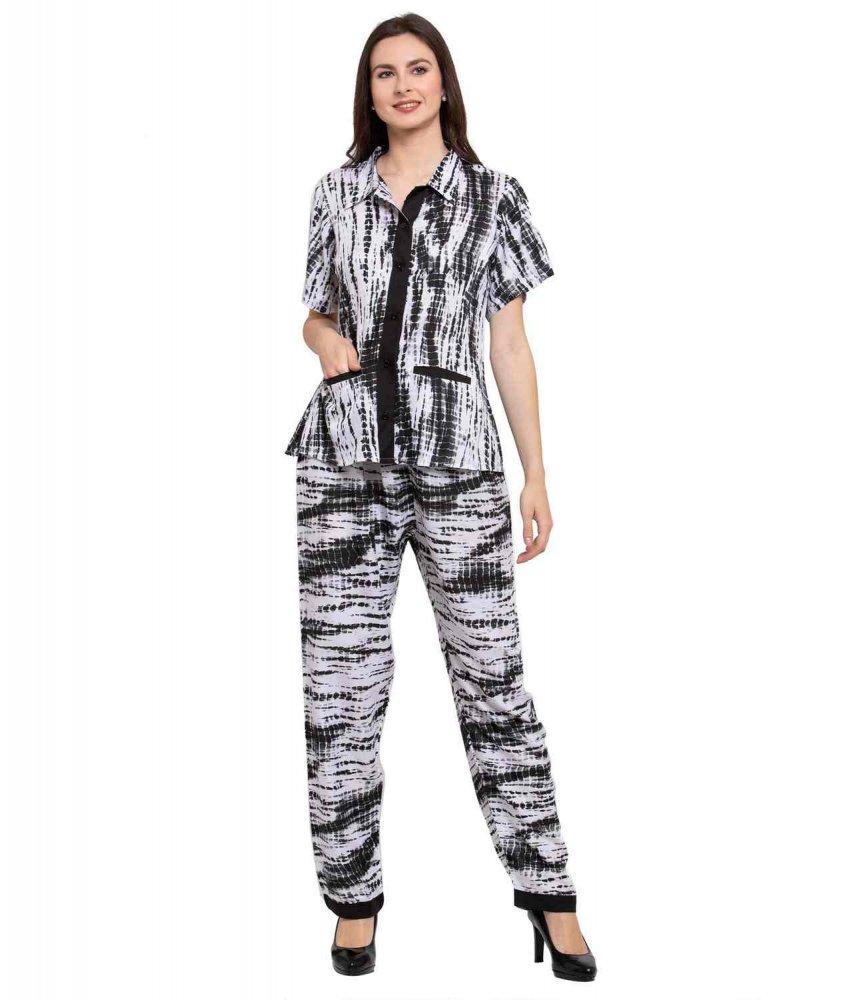 Graphic Print Night Top and Pyjama Set in Black