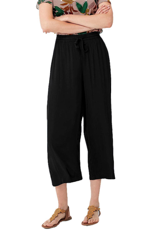 High Waist Capri Pant in Black