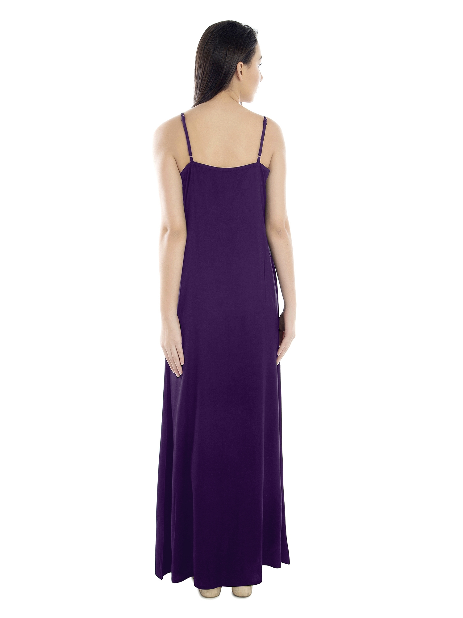 Lace Embellished Nighty With Robe in Purple