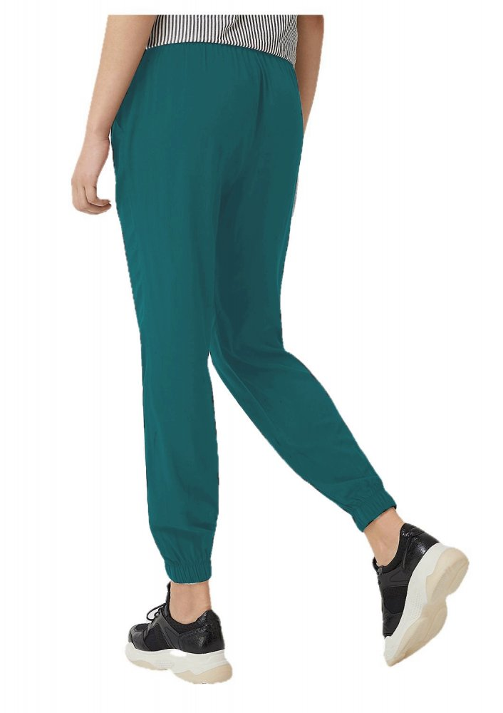 Tapered Fit Carrot Trousers in Rama Green
