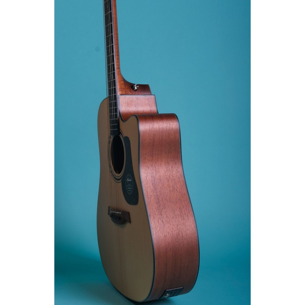 Mantic GT10DC -E Solid Top Semi- Acoustic Guitar with Fishman Electronics - Natural