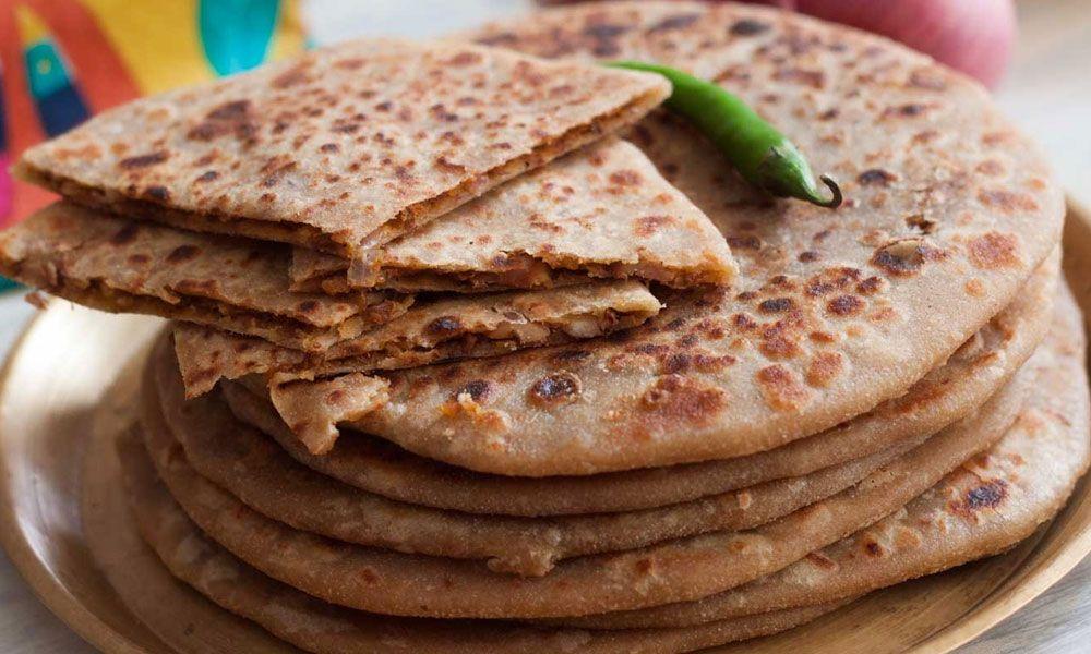 Refresh Rajma Paratha Recipe