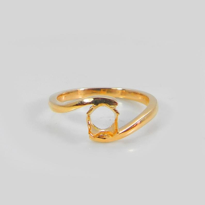 18 Karat Solid Gold Ring Collet 4mm Round Cut Gemstone Prong Setting For Ring Pre Notched Setting Metal Casting For Solitaire Ring Setting