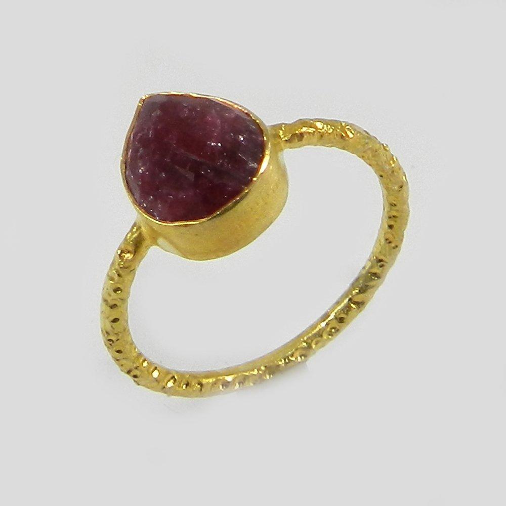 Alba Ruby Corundum Silver Hammered Band Ring