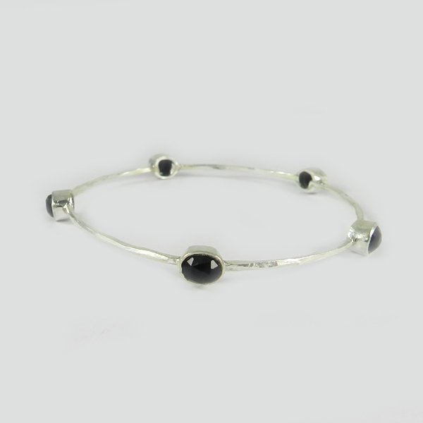 Excellent Quality Jewelry Natural Black Onyx Gemstone Bangle Solid 925 Sterling Silver Bangle Hammered Designer Bangle Statement Bangle Bohemian Handmade Bangle Gift For Her