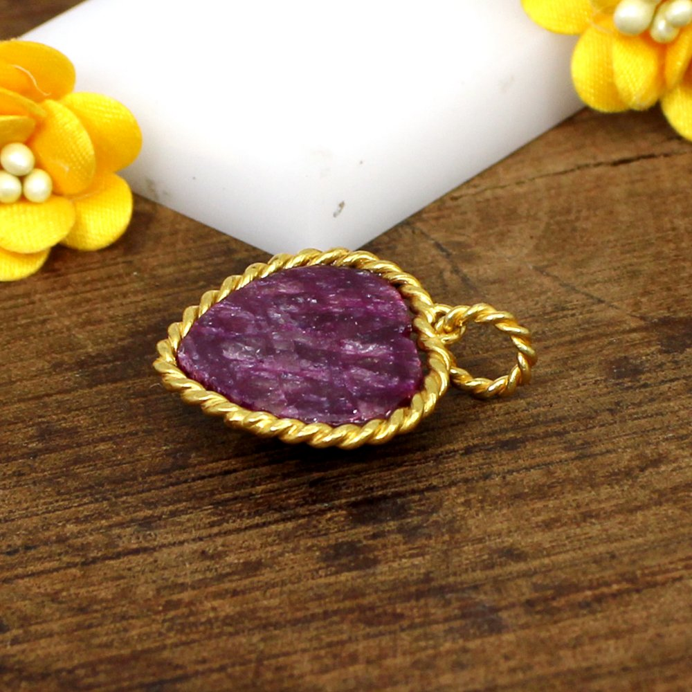 Exclusive Designer Collection Natural Ruby Corundum Gemstone Pendant Heart Designer Vermeil Pendant Women Gypsy Pendant