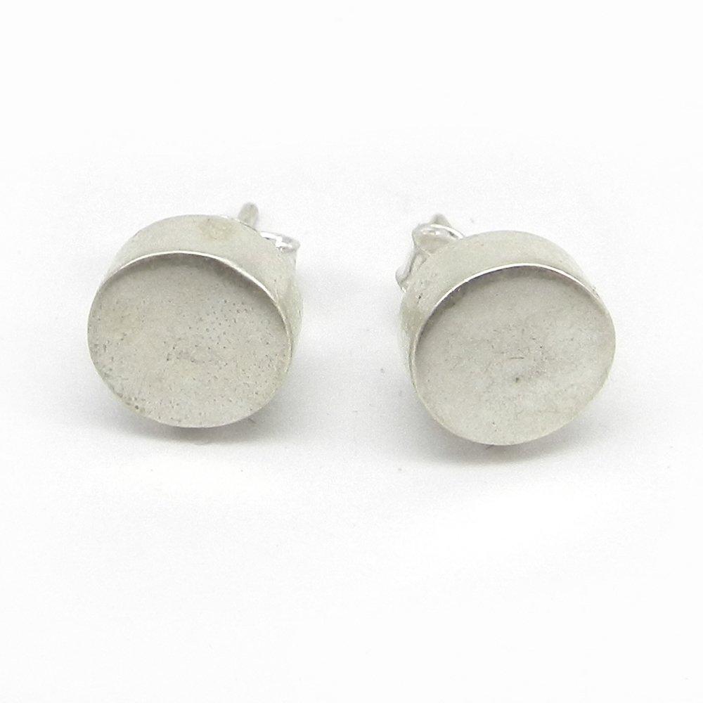 Fabia silver round Stud earring