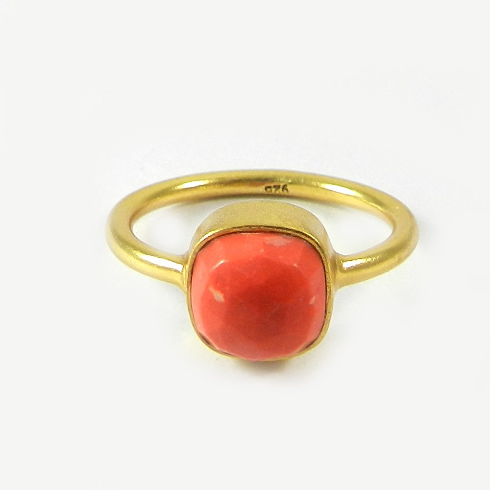 Hot Selling Synthetic Pink Coral Gemstone Ring Solid 925 Sterling Silver Ring Bohemian Handmade Bezel Ring