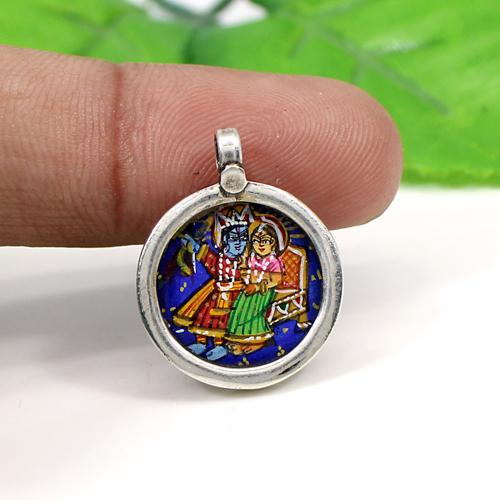 Indian Wholesaler Radha Krishna Painting Pendant Solid 925 Sterling Silver Jewelry Circular Religious Pendant Unisex Pendant
