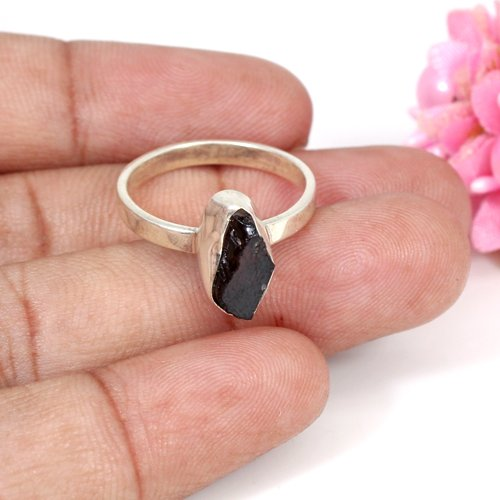 Natural Garnet Rough Gemstone Ring Solid 925 Sterling Silver Ring Women Tiny Ring