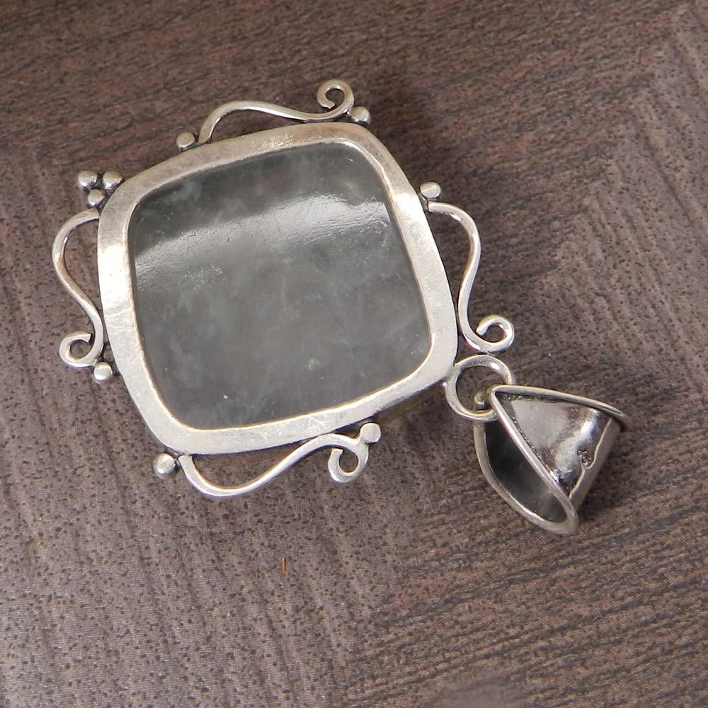 Natural Prehnite 925 Sterling Silver Designer Bezel Set Pendant