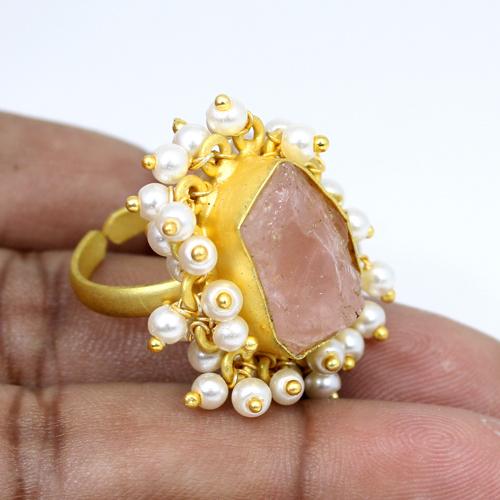 New Collection Natural Rough Rose Quartz Gemstone Ring Bohemian Tiny Pearl Designer Adjustable Ring Women Wedding Gift Ring