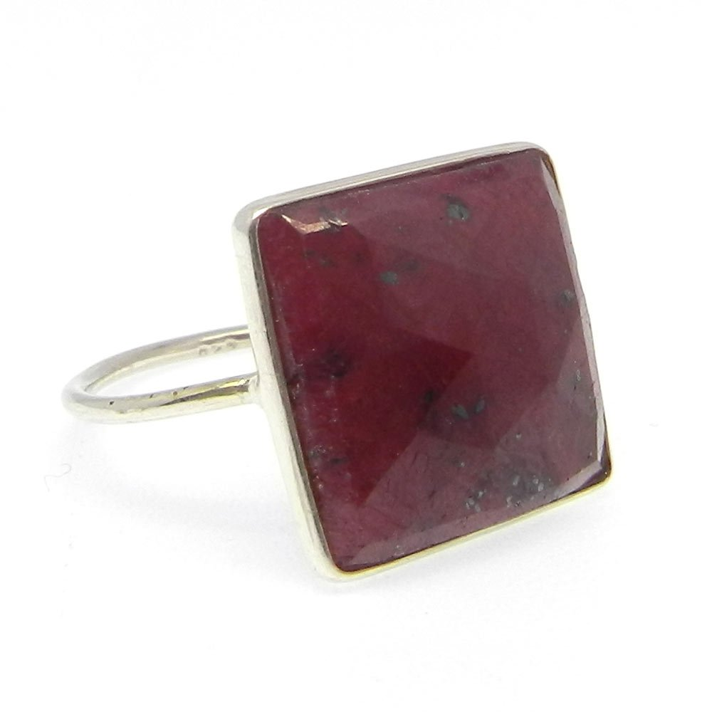 New Collection Solid 925 Sterling Silver Ring Ruby Corundum Gemstone Ring Women Gypsy Solitaire Ring