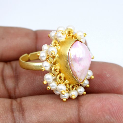 OEM Export Natural Pink Baroque Pearl & Tiny Pearl Ring Gold Plated Adjustable Ring Women Designer Engagement Rings