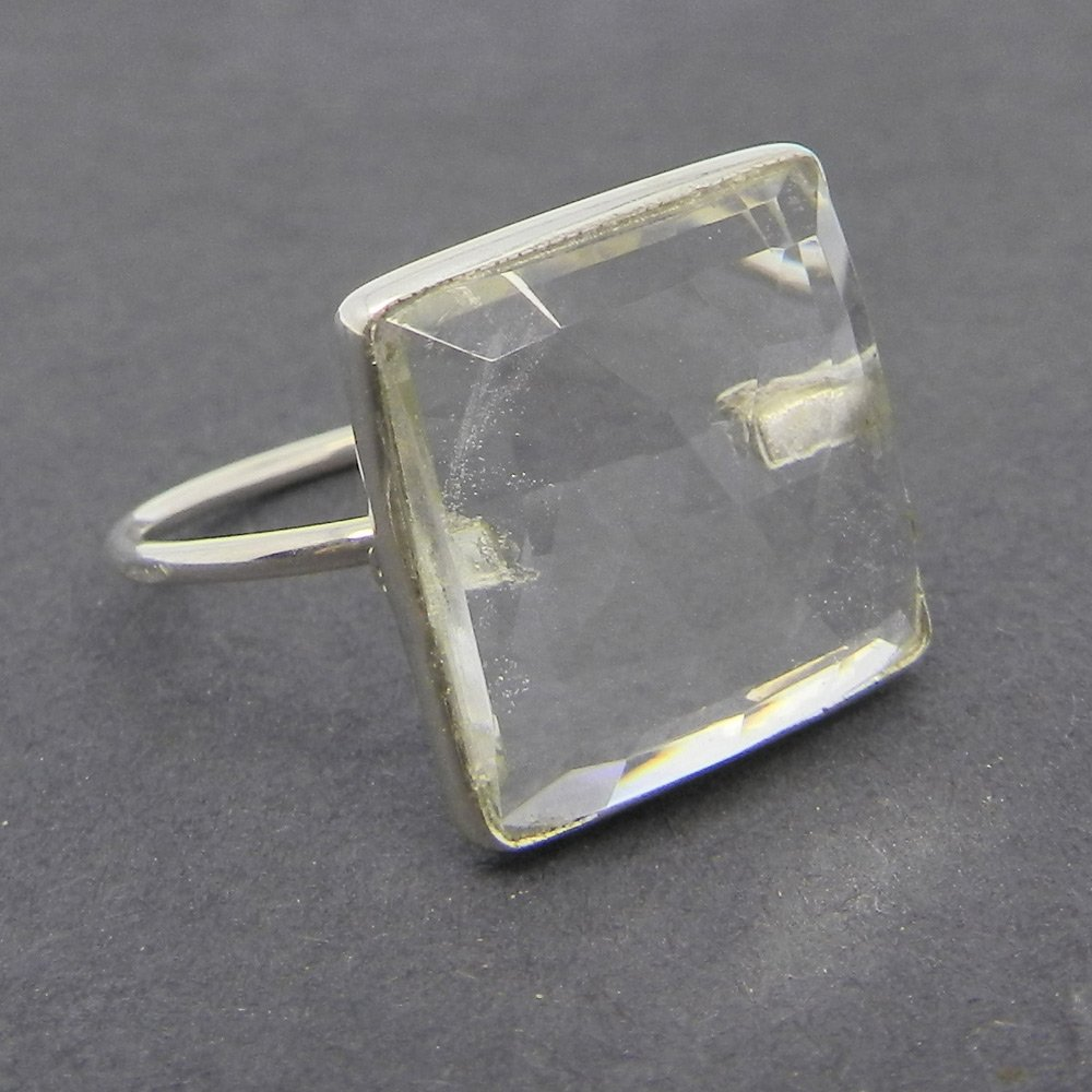Samirra Crystal Quartz Gemstone Silver bezel Ring