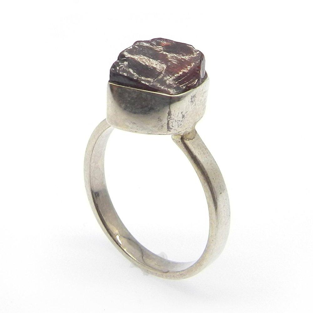 Tiny Raw Garnet Gemstone Ring Solid 925 Sterling Silver Ring Gypsy Handmade Ring January birthstone Ring Metaphysical Ring