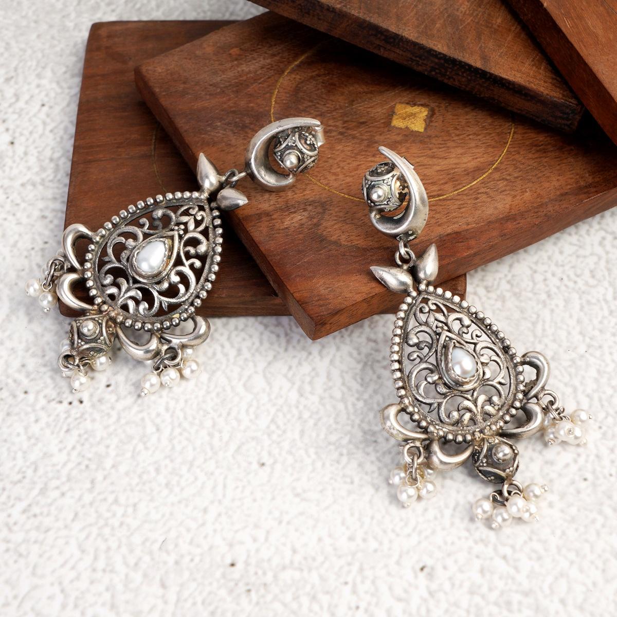 Jaali Pearl Earrings