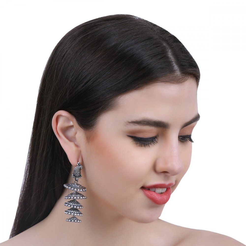Paisley Stud with Dome Drops