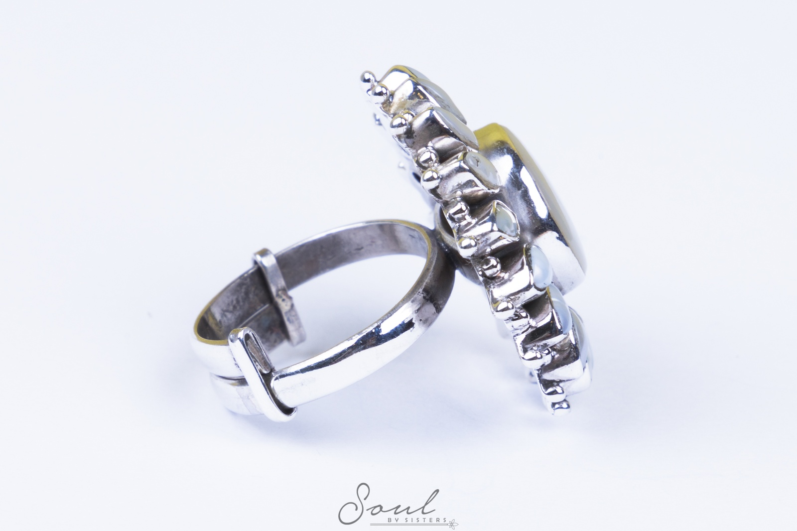 Pearl & Mother of Pearl Ring