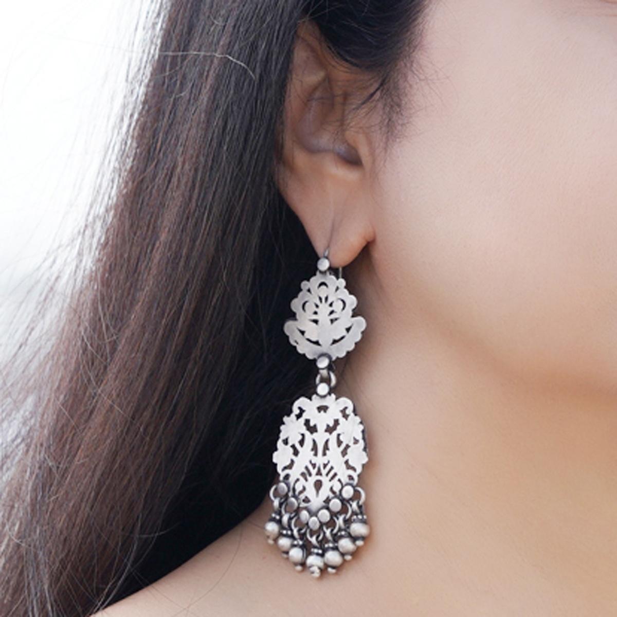 Silver Jaali Earrings
