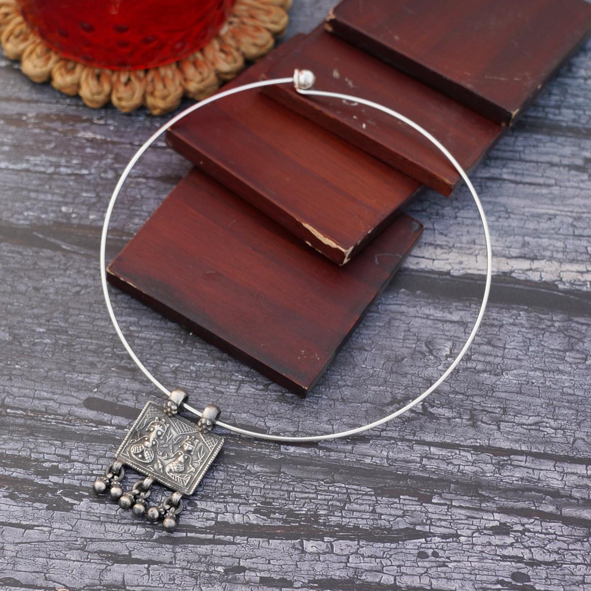 Silver Lakshmi Ganesh Pendant with Wire Hasli