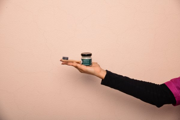 Natural Spearmint Toothpaste by Re Earth